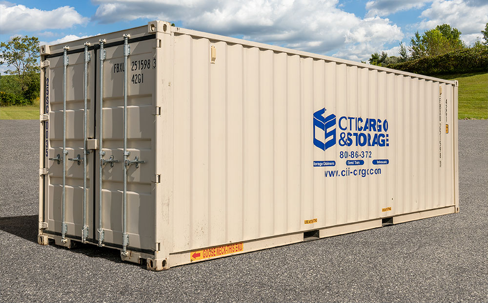 side view of 25 foot storage container